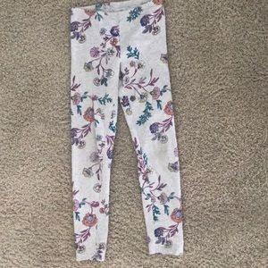 Old navy stretchy leggings flowery and cute